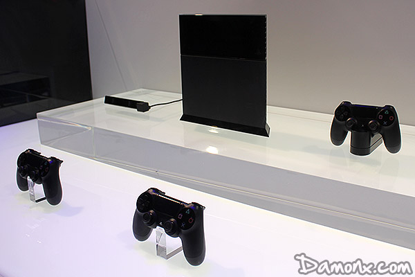 [E3 2013] J'ai Testé la PS4 ! Impressions sur le Design et la Manette